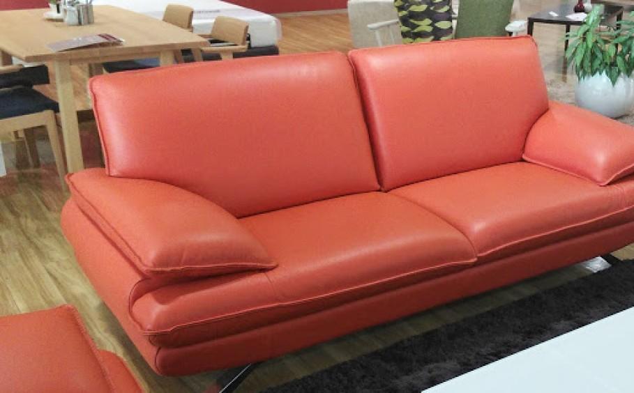 インパクトのあるソファ